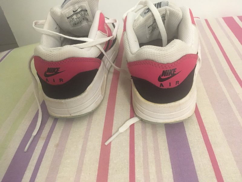 baskets fille, nike air force one, taille 33