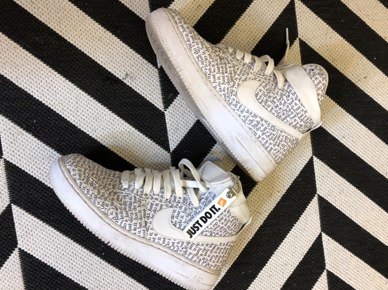 Air Force 1 montante Just Do It