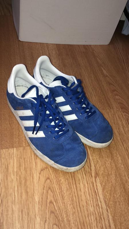 Basket gazelle adidas bleu électrique