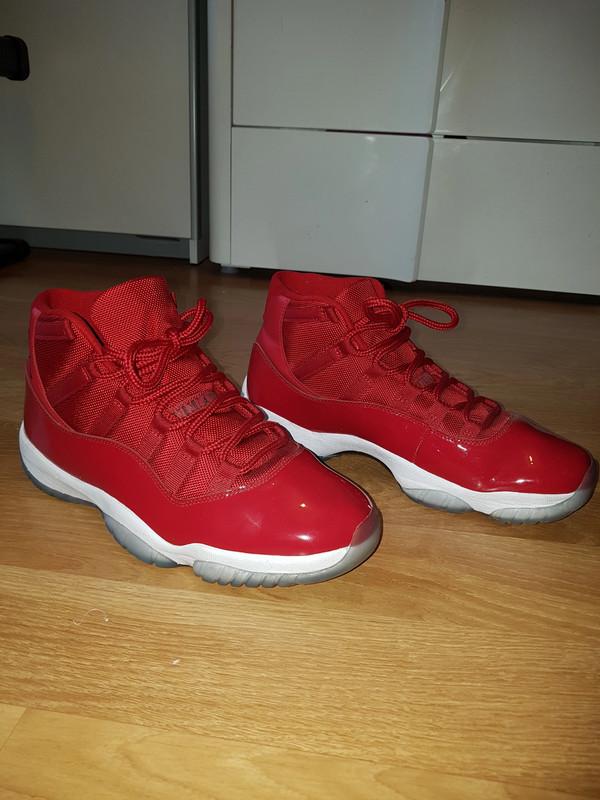 Air Jordan 11 retro rouge