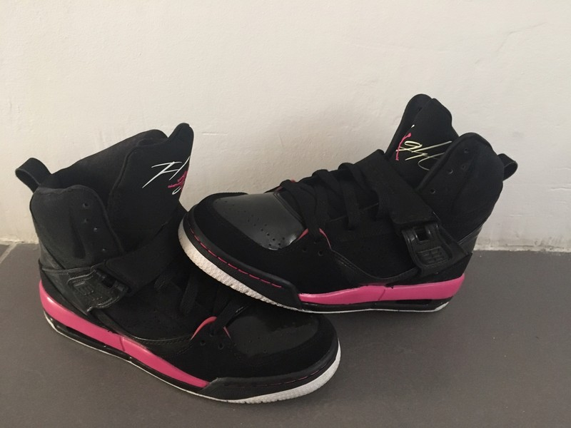 Air Jordan flight 45 noir et rose - Vinted