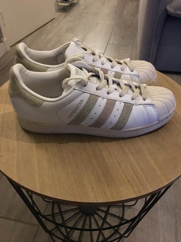 Adidas superstar blanche et vert d'eau