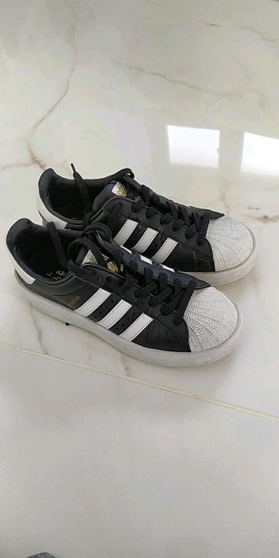 Adidas superstar grosse semelle
