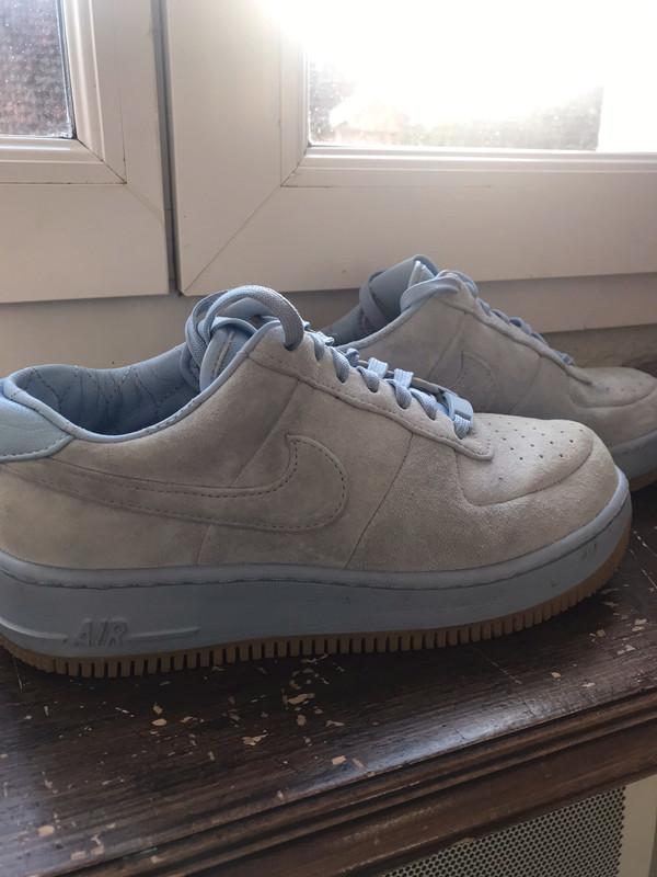 Nike Air Force 1 Couleur bleu ciel Véritable Daim - Vinted