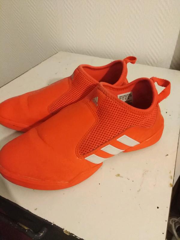 Chaussures adidas orange fluo